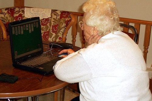 Why Retirees Are Flocking to Social Media Sites